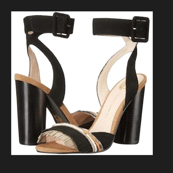 ba6fdef0836041 House of Harlow 1960 Shoes